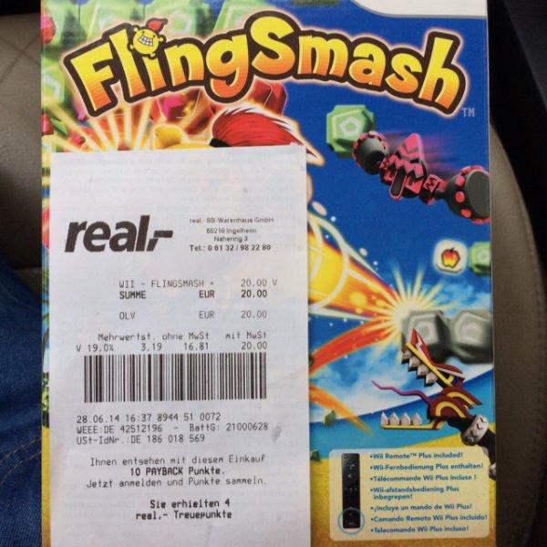 Real Ingelheim - Wii Remote Plus Schwarz mit Flingsmash