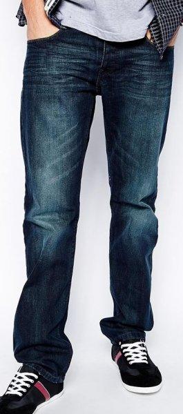Esprit™ - Herren Jeans (im Summer Sale mit bis zu 70 Prozent Rabatt) für €13,85 [@Asos.de]