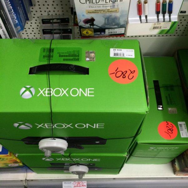 Lokal Regensburg Medi Max - Xbox One ohne Kinect 280€