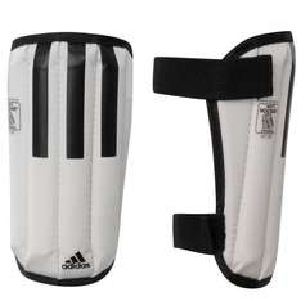 Adidas 11 Anatomic Lite Schienbeinschoner für 4,53€ @SportsDirect