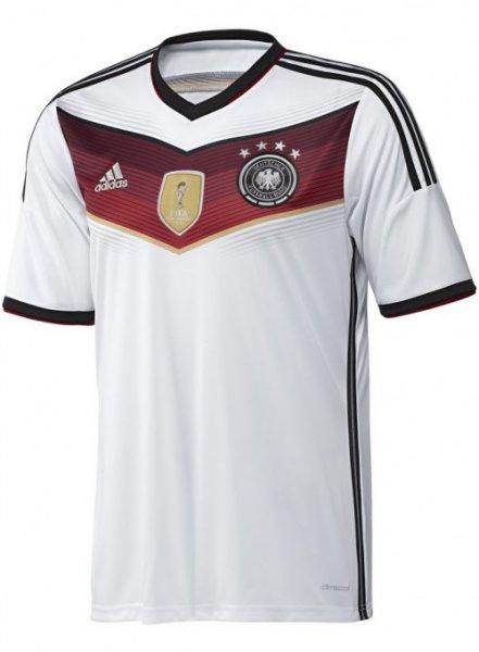 Deutschland WM Trikot 4 STERNE 2014 69,90 € direkt bei adidas.de SOFORT LIEFERBAR