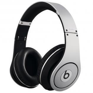 Beats by Dr. Dre Studio für 151,39 € inkl. Versand @redcoon