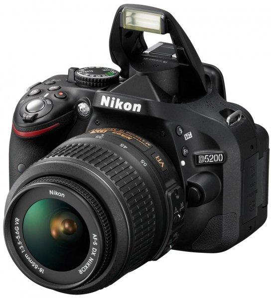 [lokal BW] Nikon D5200 inkl 18-55mm für 499€ (oder online + 7€ Vsk)