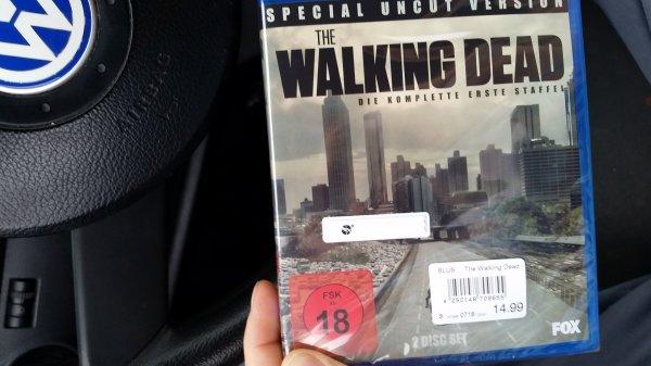 The Walking Dead-Bluray box.Staffel 1 Rewe Center.Karben