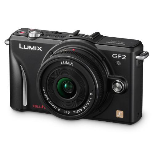 Panasonic Lumix GF2 3D Digitalkamera + £30 Amazon.co.uk Gutschein + 5 Jahre Garantie + Photo Pack für 346 EUR