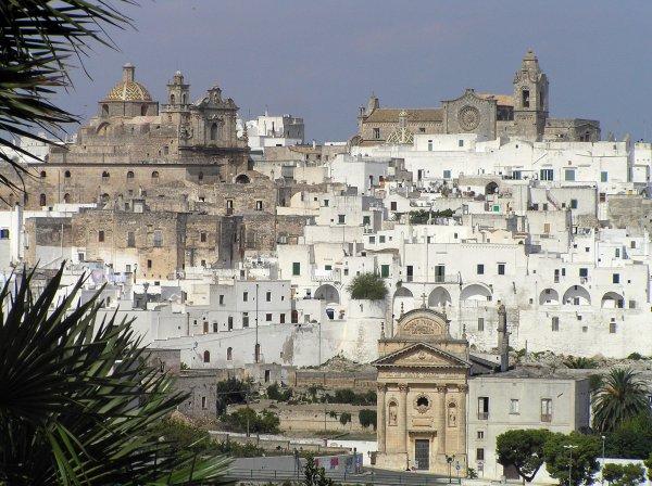 Flüge: Brindisi (Apulien / Süditalien) ab Basel 32,- € hin und zurück (November)