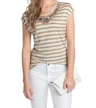 Esprit Shirt mit Seide und Schmucksteinen für 15,99 € anstatt 39,99 €
