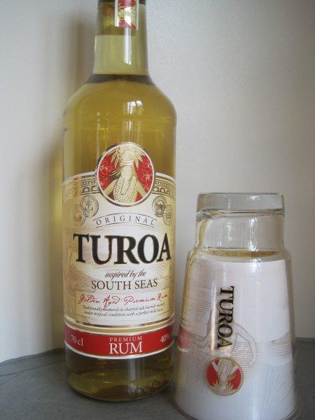 (LOKAL? Berlin Spandau REAL) Turoa Rum für 6€