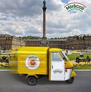 (Stuttgart) Das Mirácoli-Mobil bringt Lasagne & Pesto zum Testessen – 18.09.2014, Königsbau-Passage beim Schlossplatz
