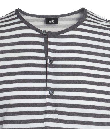 H&M 50% Rabatt auf Henleyshirts, nur 4,99 €/Stück, kostenloser Versand
