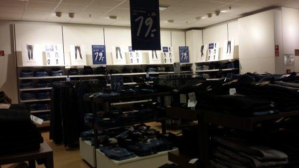 [OFFLINE] [LOKAL] Jeans Hosen im C & A Main-Taunus-Zentrum Sulzbach