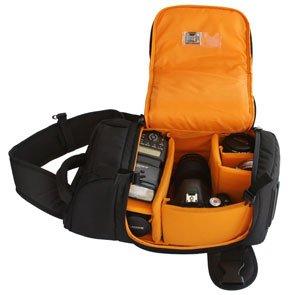 AmazonBasics Sling-Rucksack für SLR-Kameras für 22,03 € @Amazon.fr