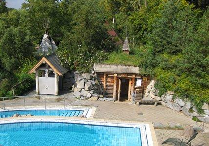 [Lokal Hannover] AquaLaatzium Schwimmbad + Saunabereich für 21,50€  (50%) [@Groupon]