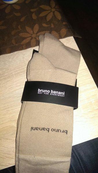 [Lokal Varel?] [Netto o. Hund] bruno banani Socken 2 Paar 2,99 EUR