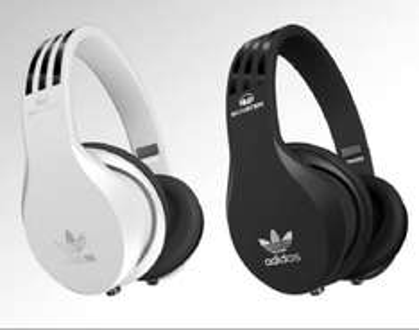 Monster Adidas Kopfhörer bei Saturn Sankt Augustin am 27.u. 28.09 (verkaufsoffener Sonntag)