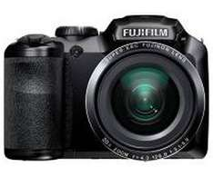 von 2.-4.10.: Fujifilm S4800 Bridge Cam für 99,99 statt 199,99 bei Pagro