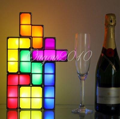 ( EBAY ) Tetris Lampe Licht  aus Tetrissteinen Retro - 21,39 € inkl. Versandkosten