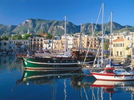 Reise: 1 Woche Nordzypern (Flug, Transfer, 4* Halbpension, Zug zum Flug) 224,- bis 237,- € p.P. (November - Dezember)