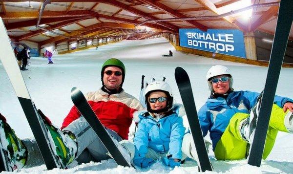 Small-Inclusive-Ski-Tagesticket für das alpincenter Bottrop inkl. Pistennutzung, Buffet & Getränke für 16 €  [Normalpreis 32€]