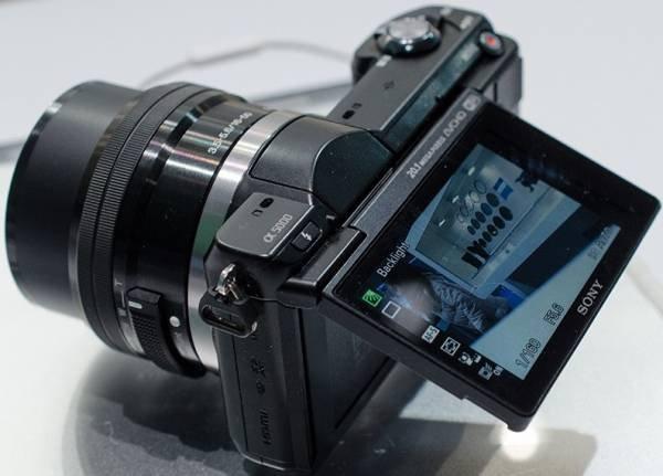 Sony Alpha 5000 mit APS-C Sensor @ Cyberport für 299€ Berlin LOKAL