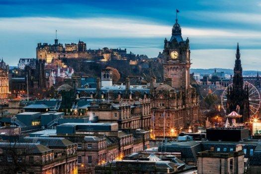 Edinburgh im Winter/Weihnachtszeit - 4 Tage inkl. Flüge, Hotel und Frühstück für 2 Personen - 378€