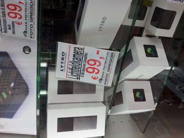 [Foto Gregor Köln] LYTRO Lichtfeldkamera 8GB ab 99€ (+ 6€ Versand) (graphite)