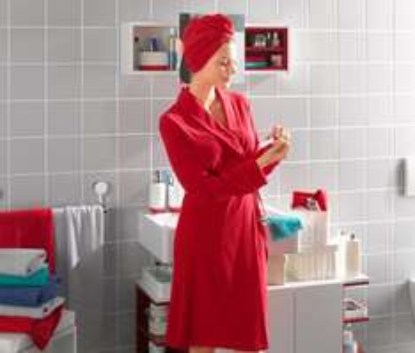 Angebot des Tages am 21.11.2014 - (Tchibo) Kurzbademantel rot 9,00 €