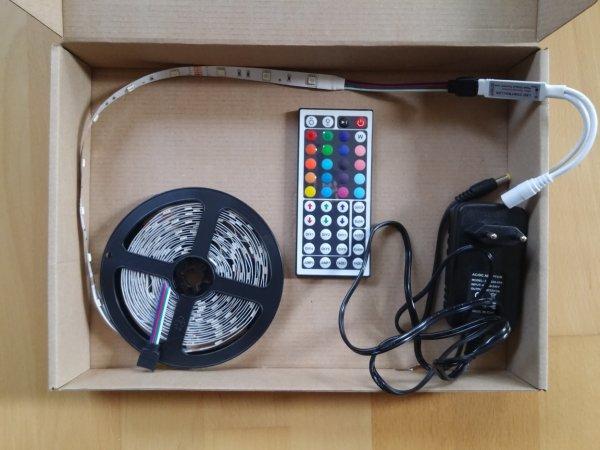 5m LED Strip 5050 RGB mit 44Key-Fernbedienung, Netzteil, Versand aus Deutschland