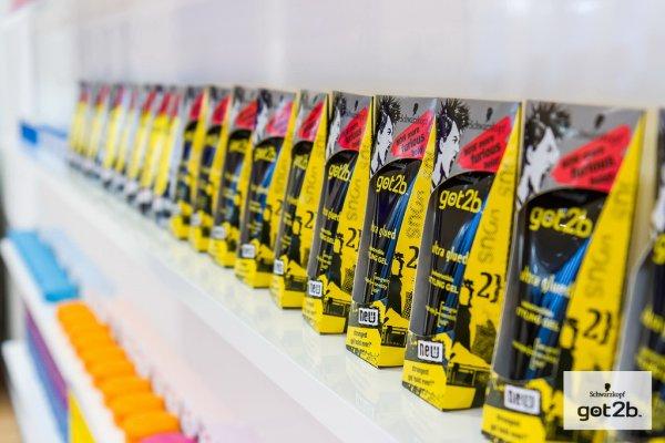Rossmann: got2b Produkte (Kleber, Strandmatte, ...) für 1,99€ - weitere 10% Rabatt möglich.