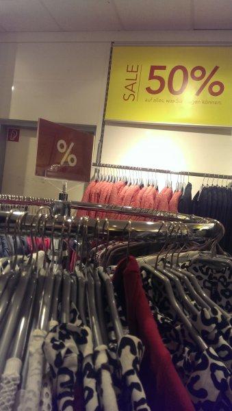 Lokal Berlin Takko 50% auf alles, was man tragen kann!