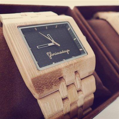 Armbanduhr aus Bambus