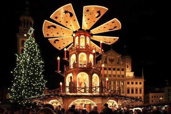 [Augsburg] Kostenlos an den Adventssamstagen mit der Straßenbahn zum Christkindlesmarkt