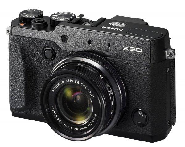 Fujifilm X30 schwarz für 427,18 € @Amazon.fr