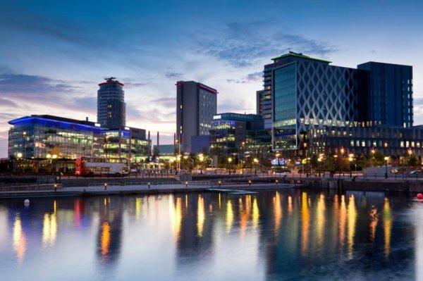 Flüge: Stuttgart-Manchester 53€ - auch WE + Ferien