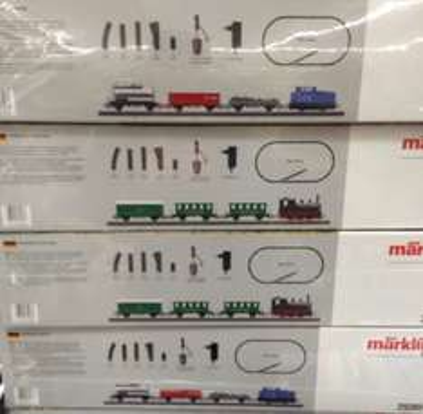 Aldi Süd: Märklin H0 Starterpackungen (29280 Autozug und 29281 Personenzug) für je 49,99 € (LOKAL gesehen in 64354 Reinheim, evtl. in allen Filialen)