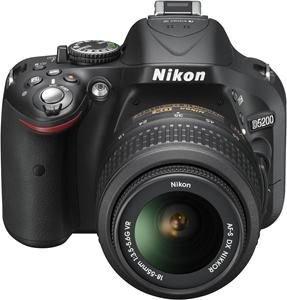 [Media Markt] NIKON D 5200 + 18-55mm VR II Schwarz für 399€