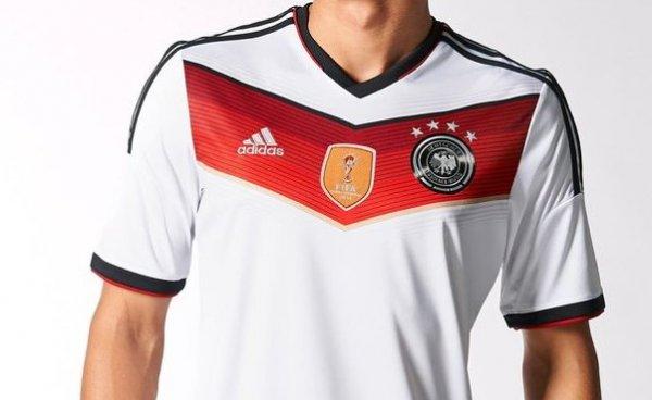Diverse Deutschland WM Trikots 4 Sterne bei Subsidesports