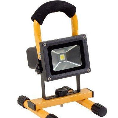 Leuchtstarke LED-Akku-Arbeitslampe / Baustrahler mit starker 10 Watt Leistung bei [ Thomas Philipps ]