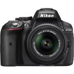 Nikon D5300 SLR-Digitalkamera mit 18-55mm VR II Objektiv Kit - Schwarz