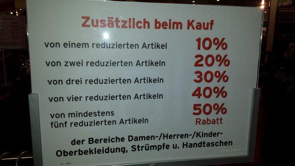 [lokal Dessau - ggf. bundesweit?] Schnäppchenjäger aufgepasst - Karstadt Dessau zusätzlich 50% bei mind. 5 bereits reduzierten Artikeln, Bsp. Lacoste Pulover von 99 € auf 35 €, Olymp Level 5 von 60 € auf 15€