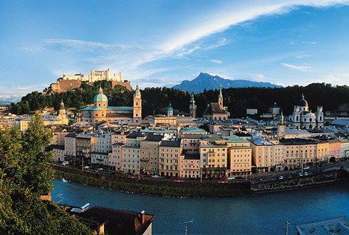 Valentinstag in Salzburg: 3 Tage im 4* Best Western Hotel ab 170€ bzw 213€/ 241€  ( inkl. Hin. - &  Rückfahrt