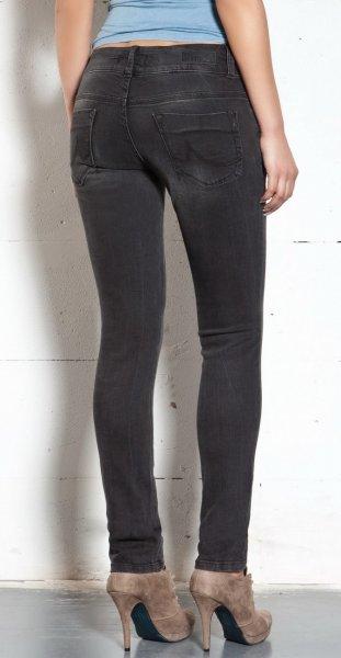 [jeans-direct] LTB Damen Jeans - vier verschiedene Modelle - 27,98 € + 3,90 € VSK