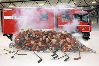 Köln : Feuerwehr-Eishockey-Liga : Backdraft Cologne vs Guardians Iserlohn Flames 22.2 um 10 Uhr in Kölnarena 2