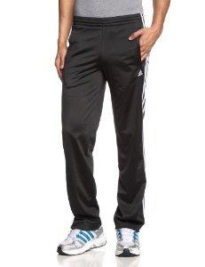 Adidas Männer Essentials 3-Stripes (Schwarz,Grau,Blau) im Angebot ab 4,95€ - 7,95€ zzgl. 4,95 Versand.