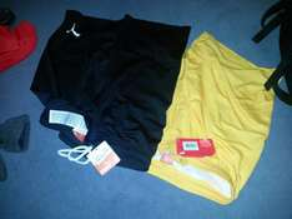 (Lokal Herzogenaurach) Puma Outlet Diverse Shorts und Shirts