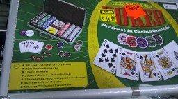 [offline] Pokerkoffer für 4€ bei Aldi Magdeburg Salbker Chaussee