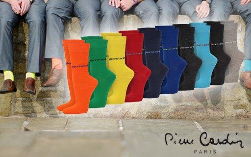 20 Paar Socken von Pierre Cardin - inklusive Hantel, LOMO-Kamera etc.