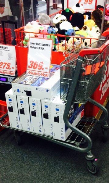 Media Markt Aachen: Playstation 4 für 369 Euro