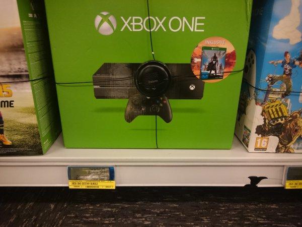 [LOKAL Metro Waltersdorf] Xbox One inkl. Destiny für 297,50€