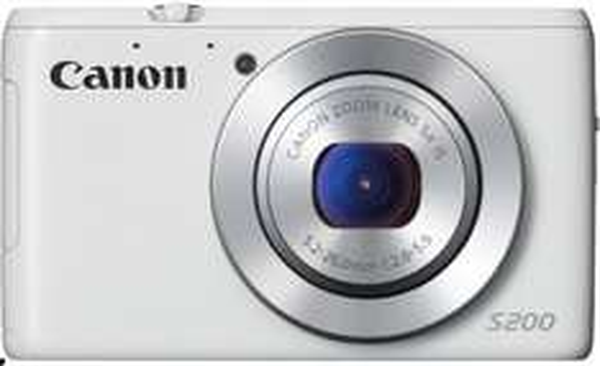 Amazon Blitzangebot, Canon PowerShot S200 Digitalkamera (10,1 Megapixel, 5-fach opt. Zoom, 7,5 cm (3 Zoll) LCD-Display, Full HD, GPS) weiß, 179€, Idealo 203€